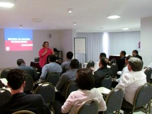 Palestra ministrada na JB Conservadora pela Consultora de Marketing Jaqueline Romero.